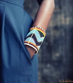 More about Bracelet manchette Massaï